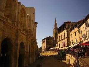 Visite d' Arles - Les Arènes par Silvia - IDL Français en Provence
